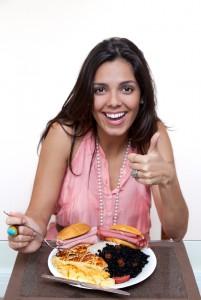 womanwithlargeamtfood